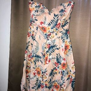 Summer Strapless Floral Blouse
